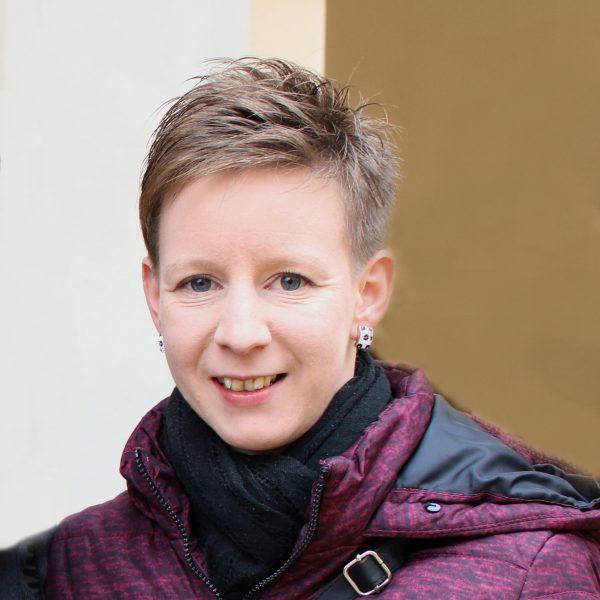 Julia Skriner, BA